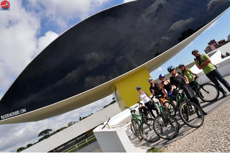 Curitiba e as bicicletas: uma relação de amor