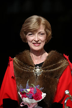 fiona-woolf-small
