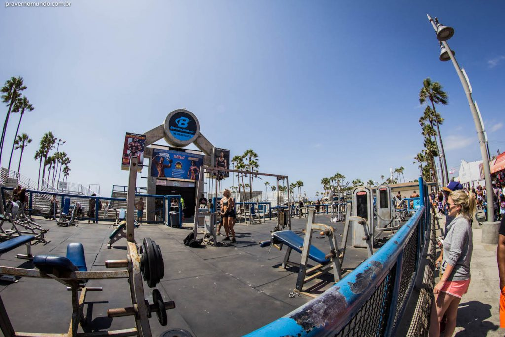 muscle-beach-venice-los-angeles-california